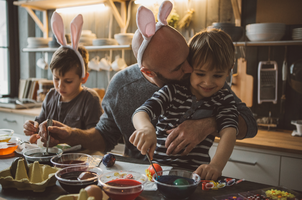Painting Easter eggs at home with the kids